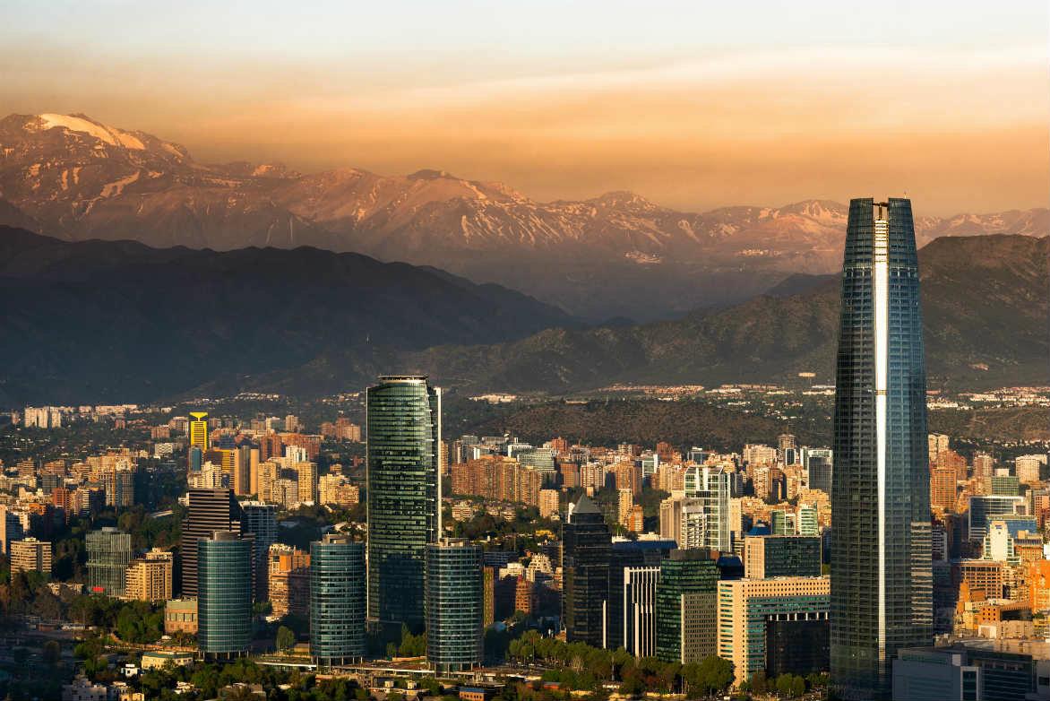 Santiago de Chile busca mejorar sus condiciones de seguridad