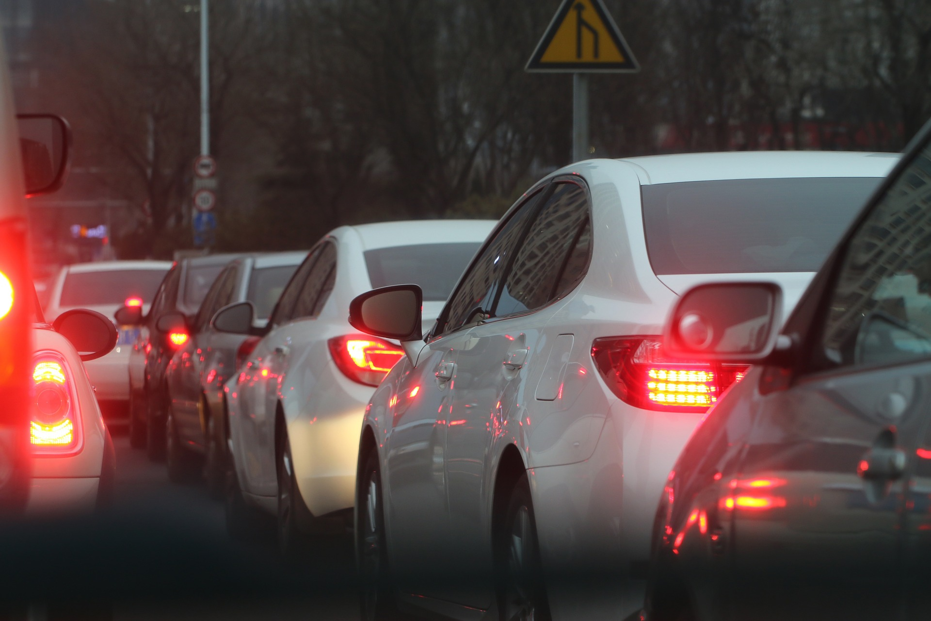 10. Los vehículos vendidos en el 80% de los países del mundo no cumplen normas básicas de seguridad. Solo 40 países han adoptado las siete reglamentaciones aprobadas por Naciones Unidas, y 35 de ellos son países de ingresos elevados.