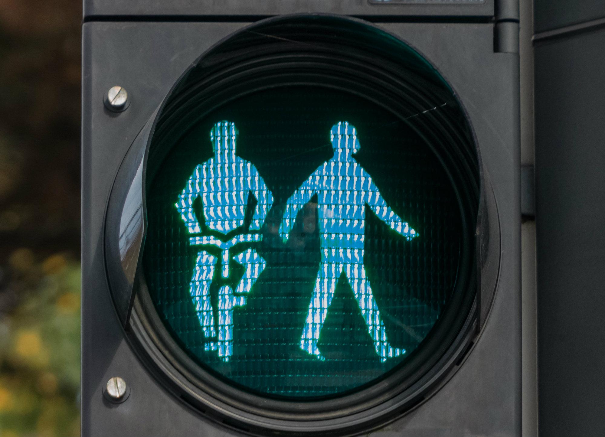 3. Los usuarios vulnerables de la vía pública (peatones, ciclistas y pasajeros de vehículos), representan la mitad de todas las personas que fallecen en el mundo por accidentes de tránsito.