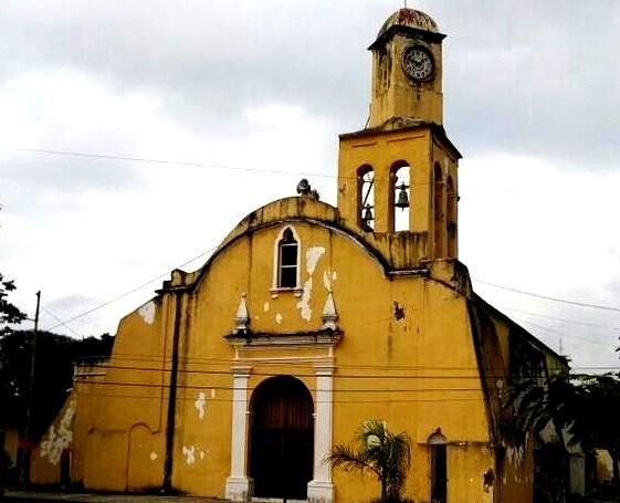 4. La Iglesia de San Miguel Arcángel en la ciudad de Medellín de Bravo (México), cuya obra inició en 1524, es considerada la segunda construcción eclesial de la Nueva España.