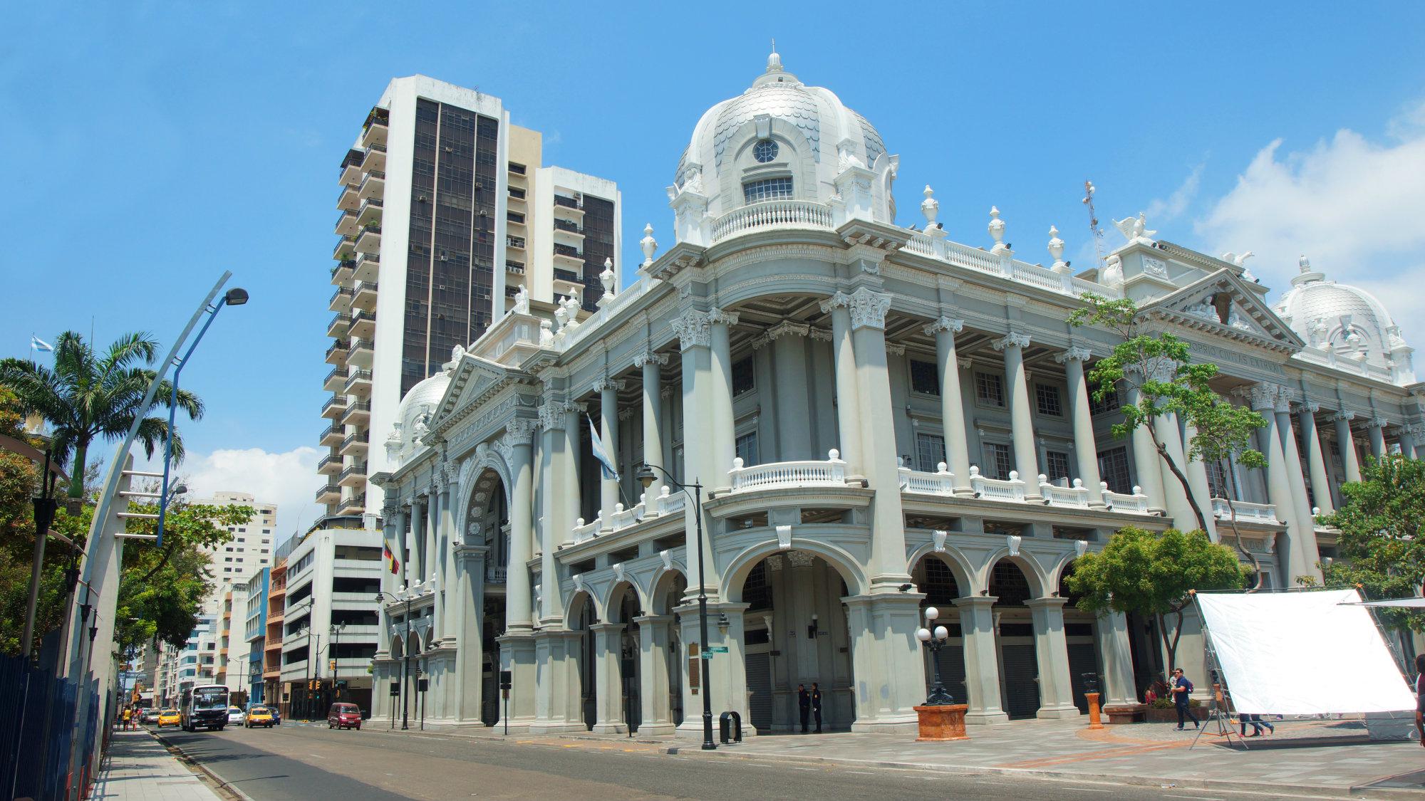 Guayaquil es la ciudad más poblada y la más grande de Ecuador; con una población en su área metropolitana de más de 3 millones de habitantes. Foto: Alejo Miranda-Shutterstock