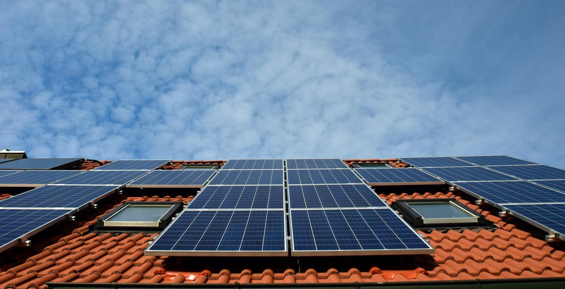 Sector de energías renovables emplea a 10,3 millones de personas en el mundo en 2017