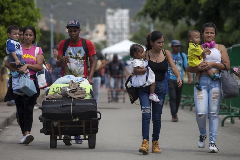 La migración y la discriminación son desafíos económicos para América Latina: Omar Licandro