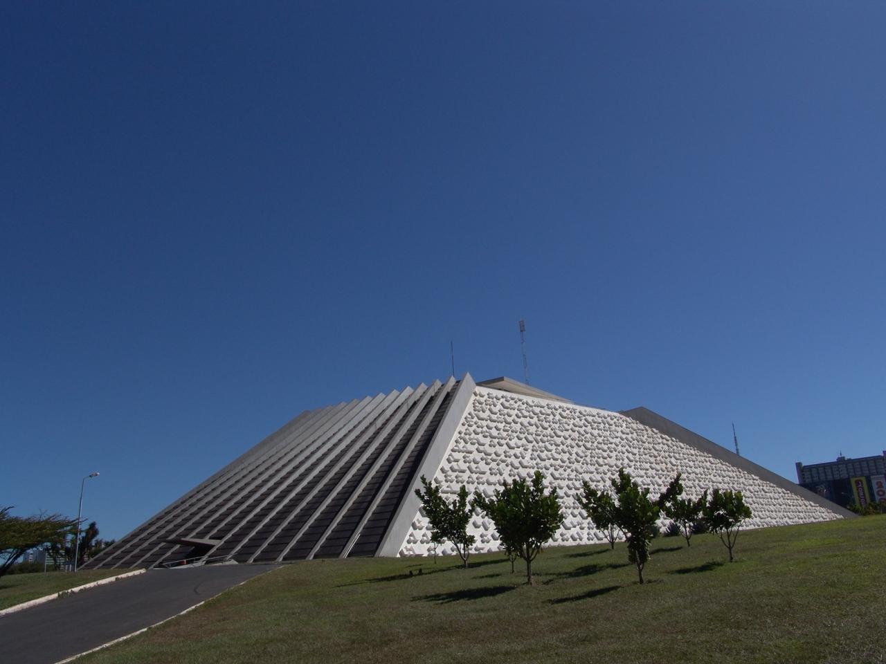 Teatro Nacional de Brasilia recibe recursos para su reapertura