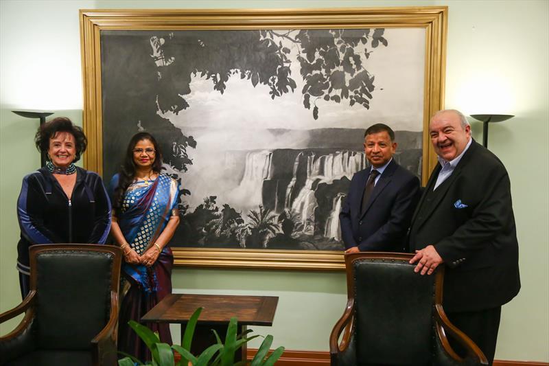 Curitiba busca con Bangladesh alianzas por el desarrollo