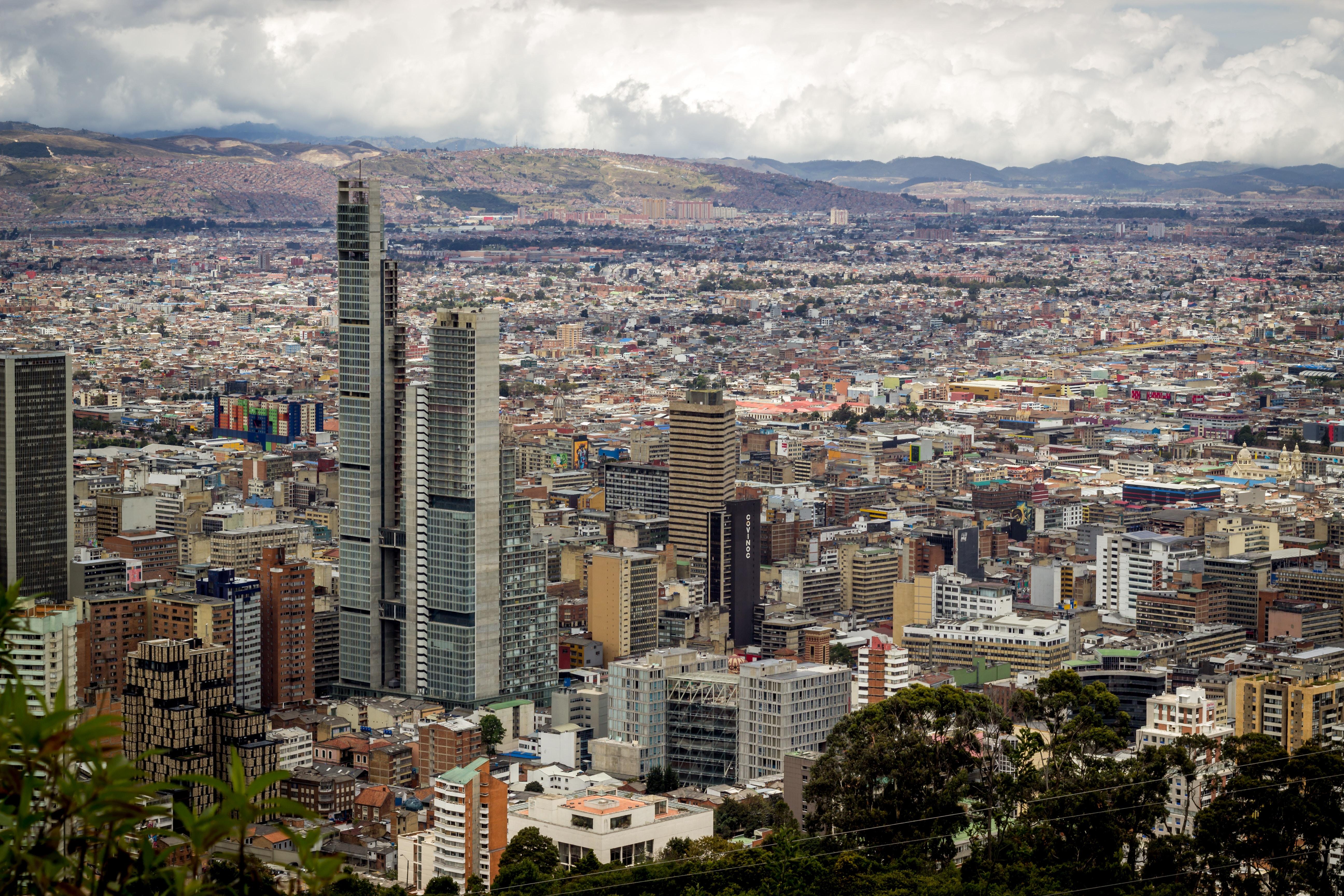 Mercado inmobiliario fomentaría segregación social en Bogotá