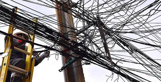 Chile sancionará a empresas que no retiren cableado en desuso