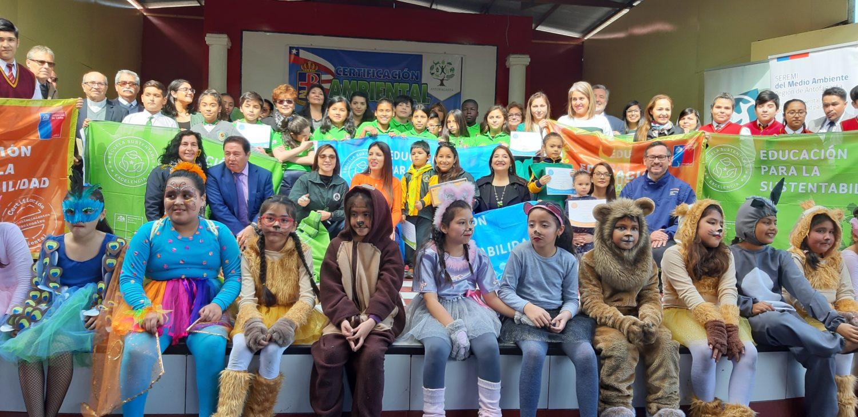 Escuelas de Antofagasta se certifican ambientalmente