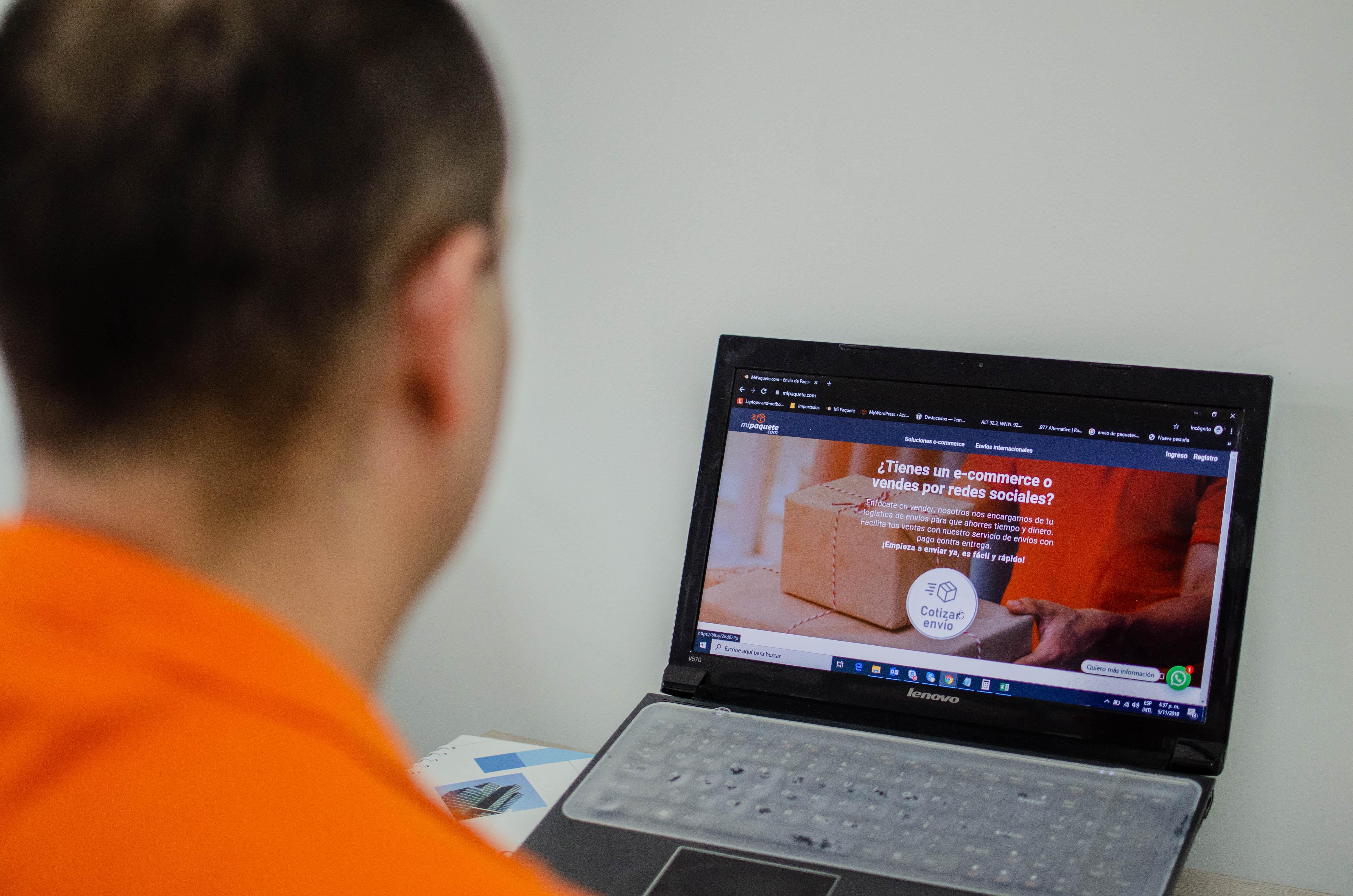 Con el manejo y gestión de la información que hace mi paquete.com, los comercio electrónicos y pymes puede reducir los costos en las entregas de mercancías, incluso hasta un 40%.
