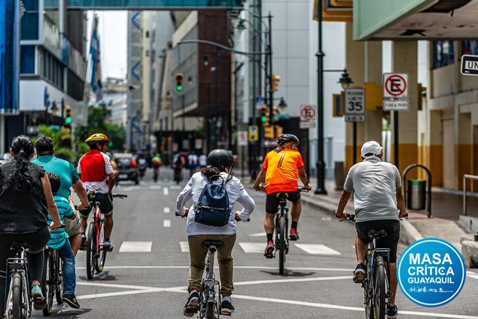 Masa Crítica Guayaquil, la fuerza ciudadana que se mueve en bici