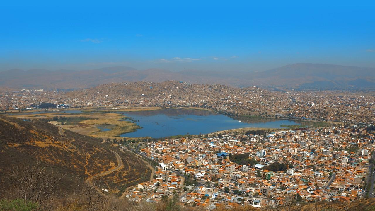 'Bolivia era rural y un día se despertó urbano': Sergio Blanco
