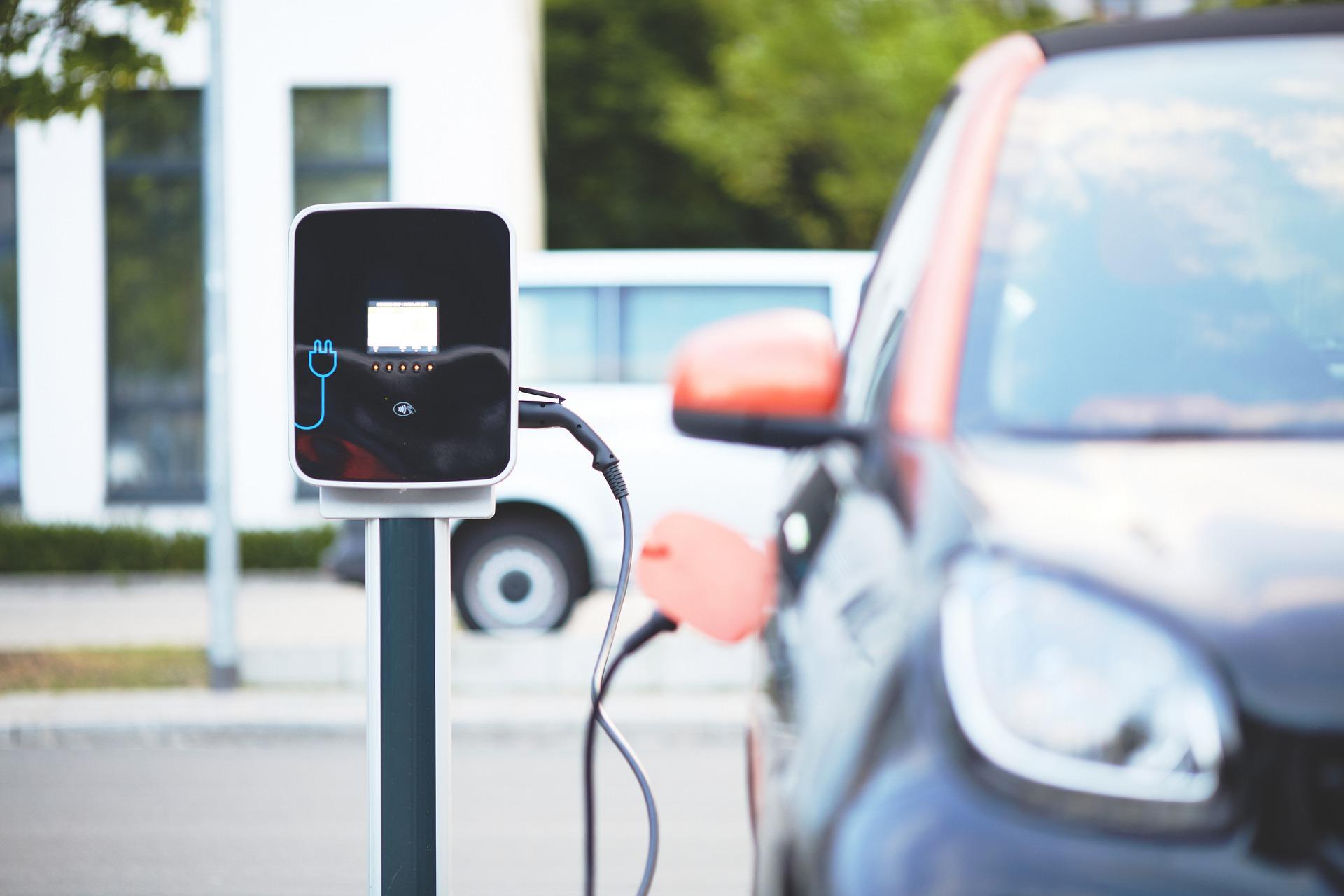 Cómo tener más vehículos eléctricos en las carreteras