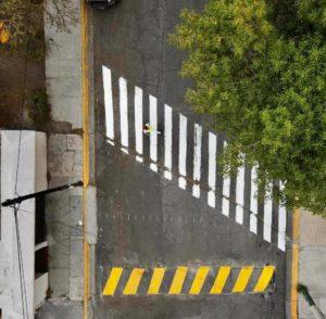 Cruce peatonal frente al parque Valle de México en Cuautitlán Izcalli, Estado de México. Abril 2021.